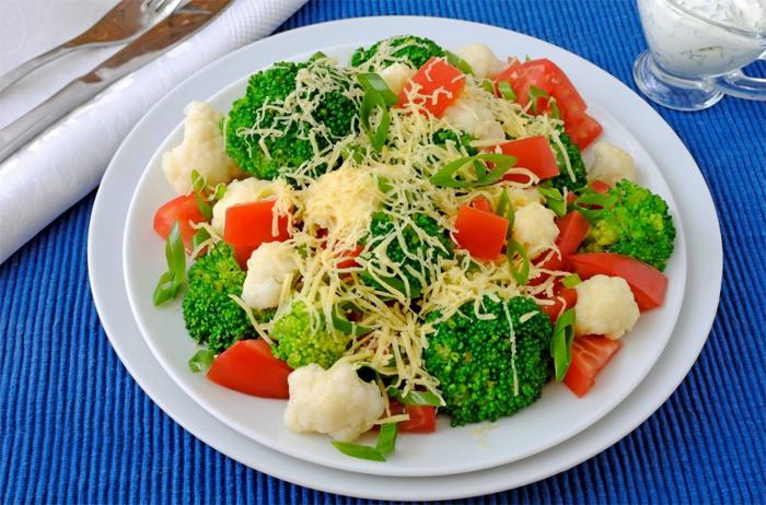 salatka-brokulowa