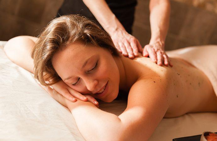 Masaż leczniczy i relaksacyjny – poznaj jego zalety