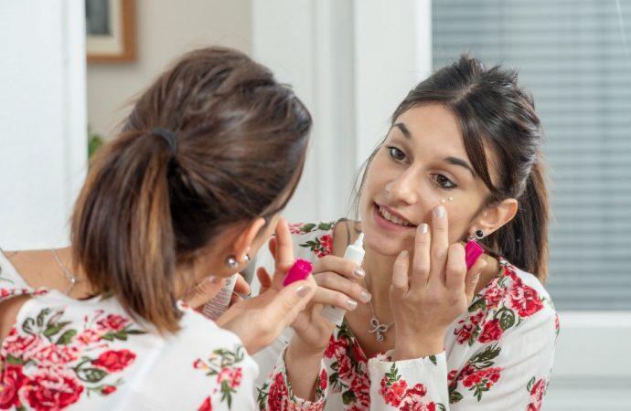Delikatny makijaż dzienny – jak go wykonać?
