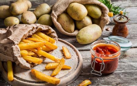 Frytki frytkom nierówne – jak je przygotować, by smakowały najlepiej?