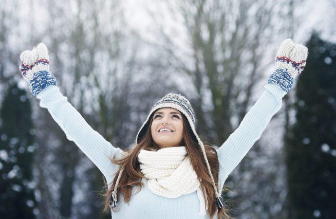 Ciepłe rękawiczki zimą – dlaczego lepiej o nich nie zapominać?