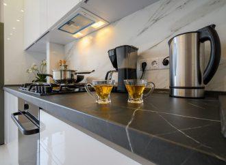 Jak stworzyć wygodną kuchnię i dobrać najlepsze akcesoria?
